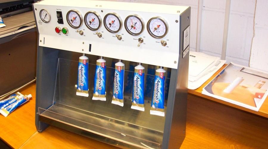 Bench top tube burst tester